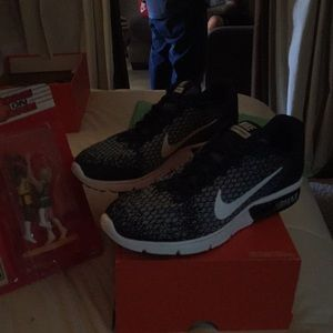 Other - Nike air max sequent 2 size 11.5